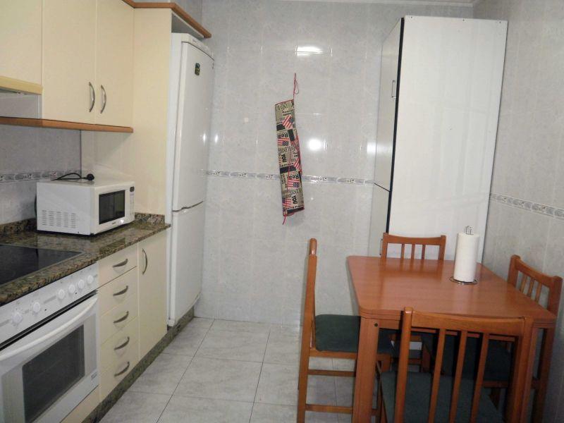 Piso en alquiler con 70 m2, 2 dormitorios  en Arteixo