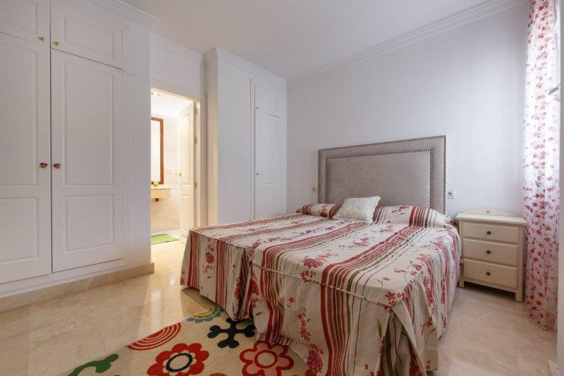 Piso en venta con 114 m2, 2 dormitorios  en San Pedro de Alcántara (Ma