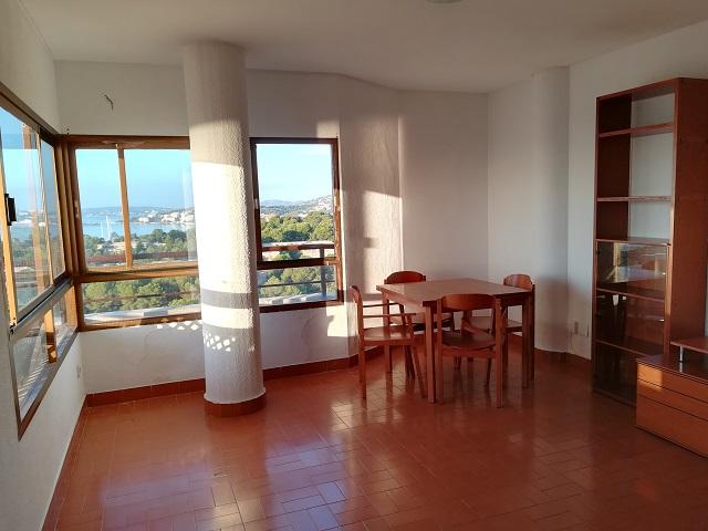 Piso en alquiler con 55 m2, 2 dormitorios  en Poniente (Palma de Mallo