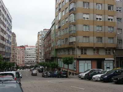 Oficina en alquiler con 40 m2,  en Os Castros, Castrillón, Monelos (A