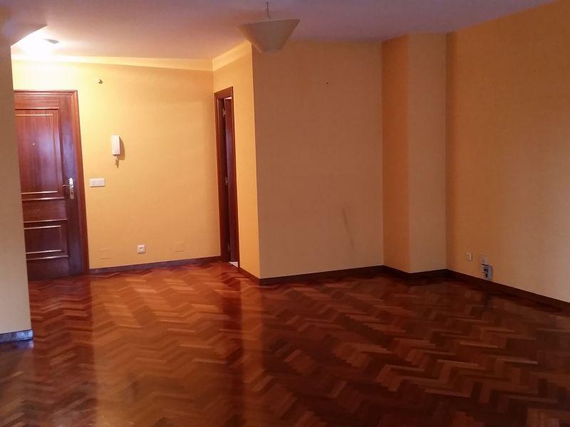 Oficina en alquiler con 40 m2,  en Elviña, Barrio Flores, Matogrande,